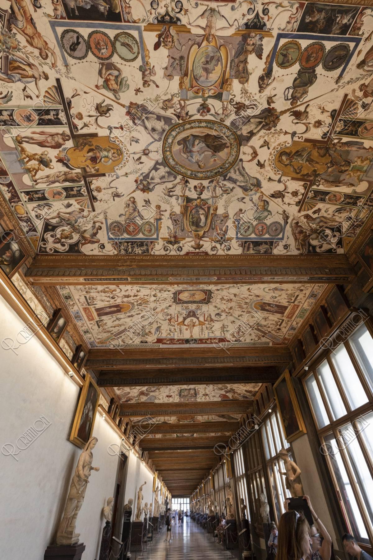 ウフィツィ美術館回廊
