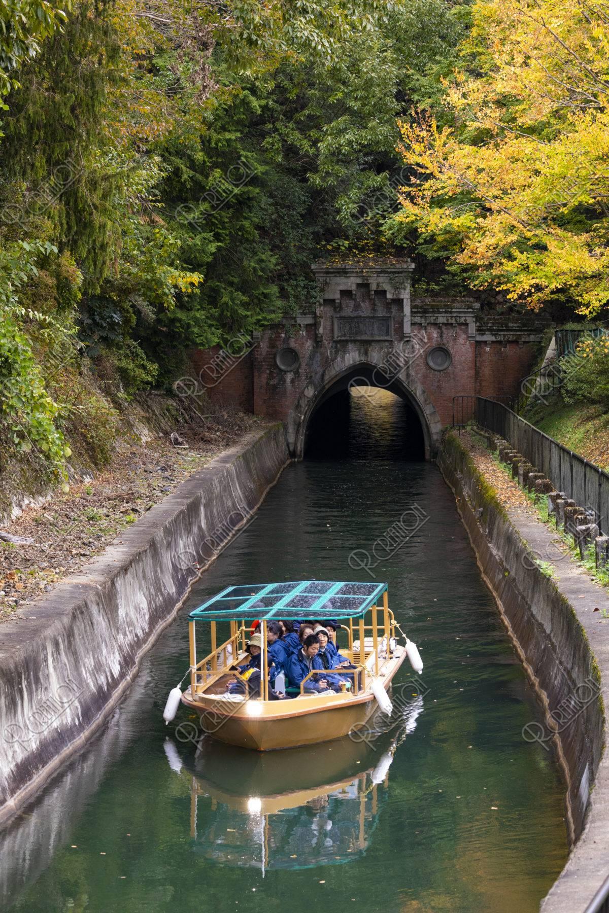 びわこ疏水船