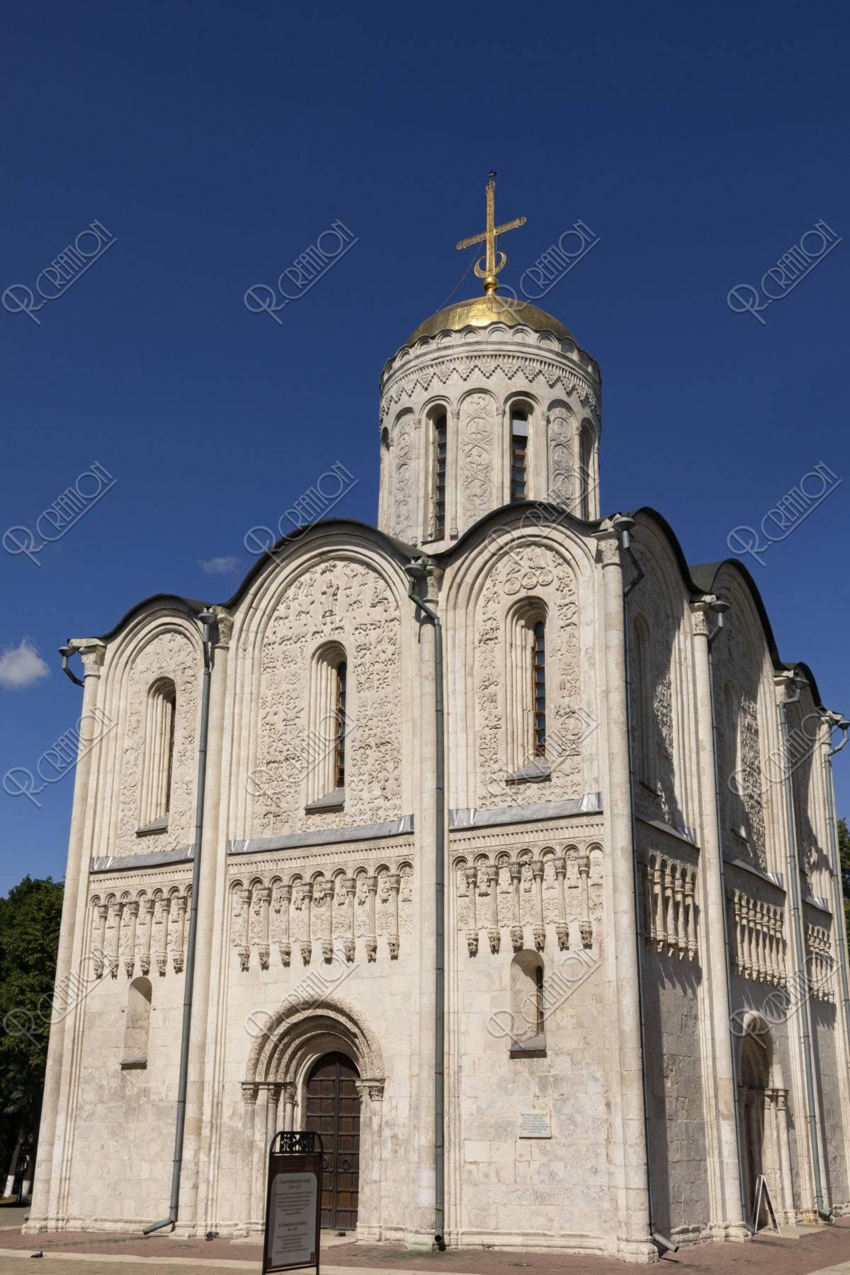 聖ドミトリエフスキー寺院