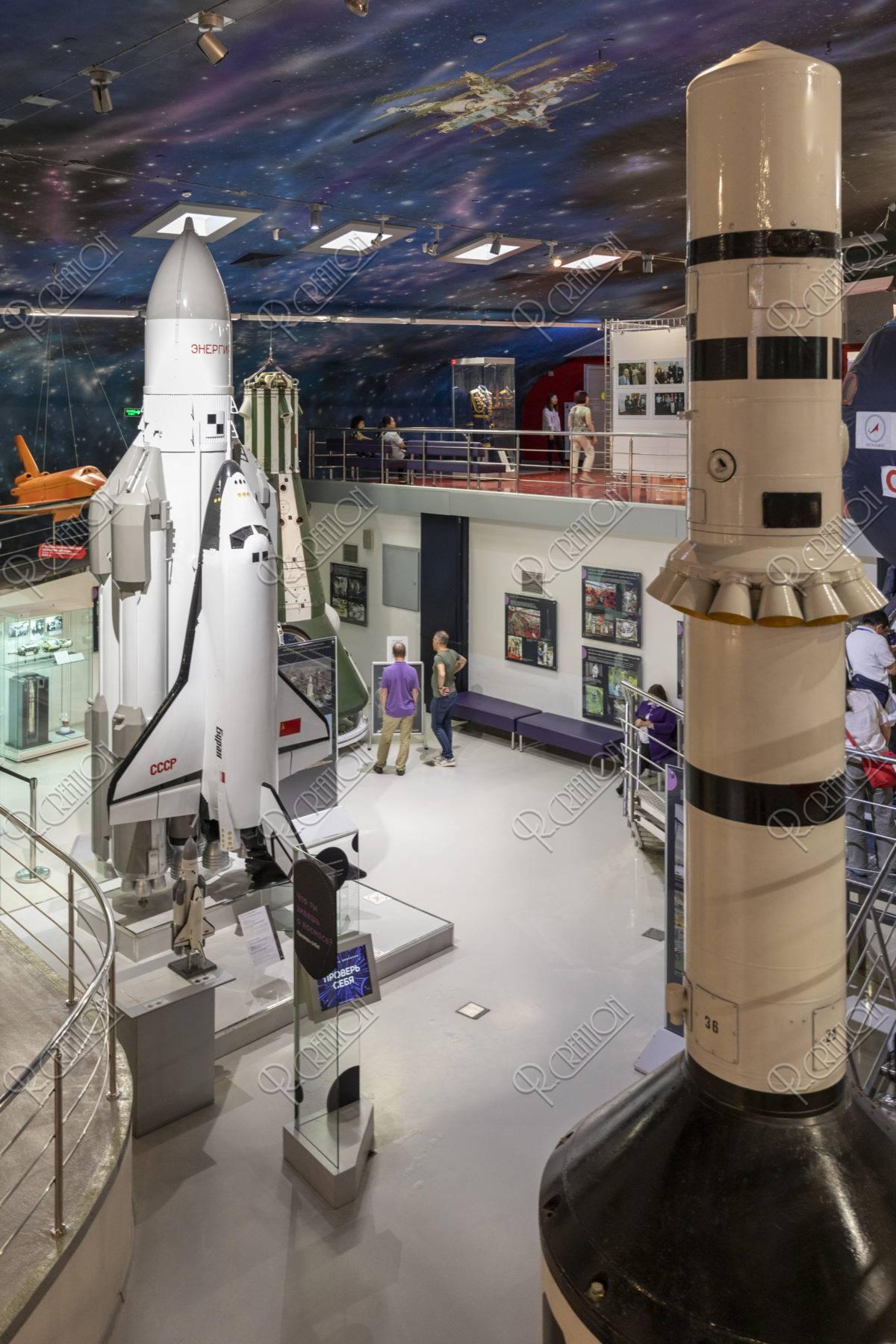 宇宙飛行士記念博物館 内部 シャトル