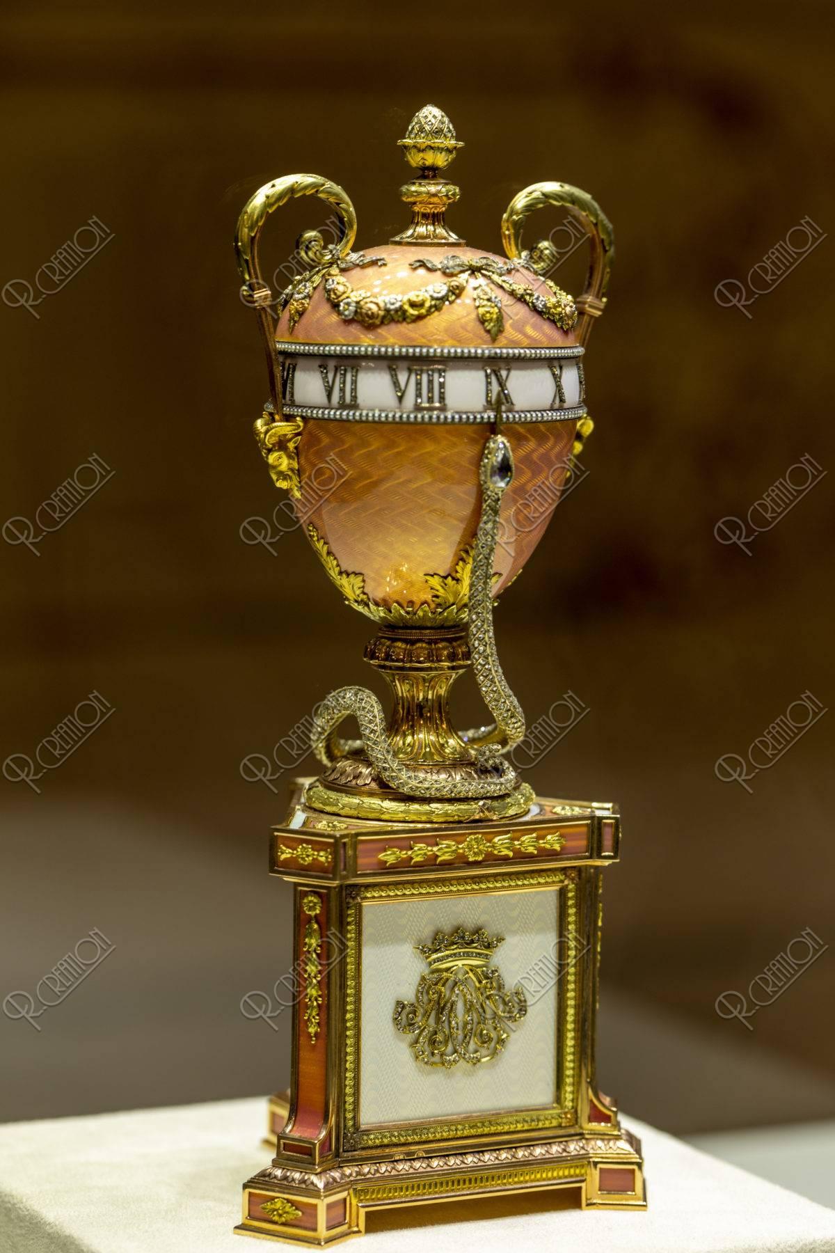 ファベルジェ博物館 イースターエッグ 百合の花束の時計