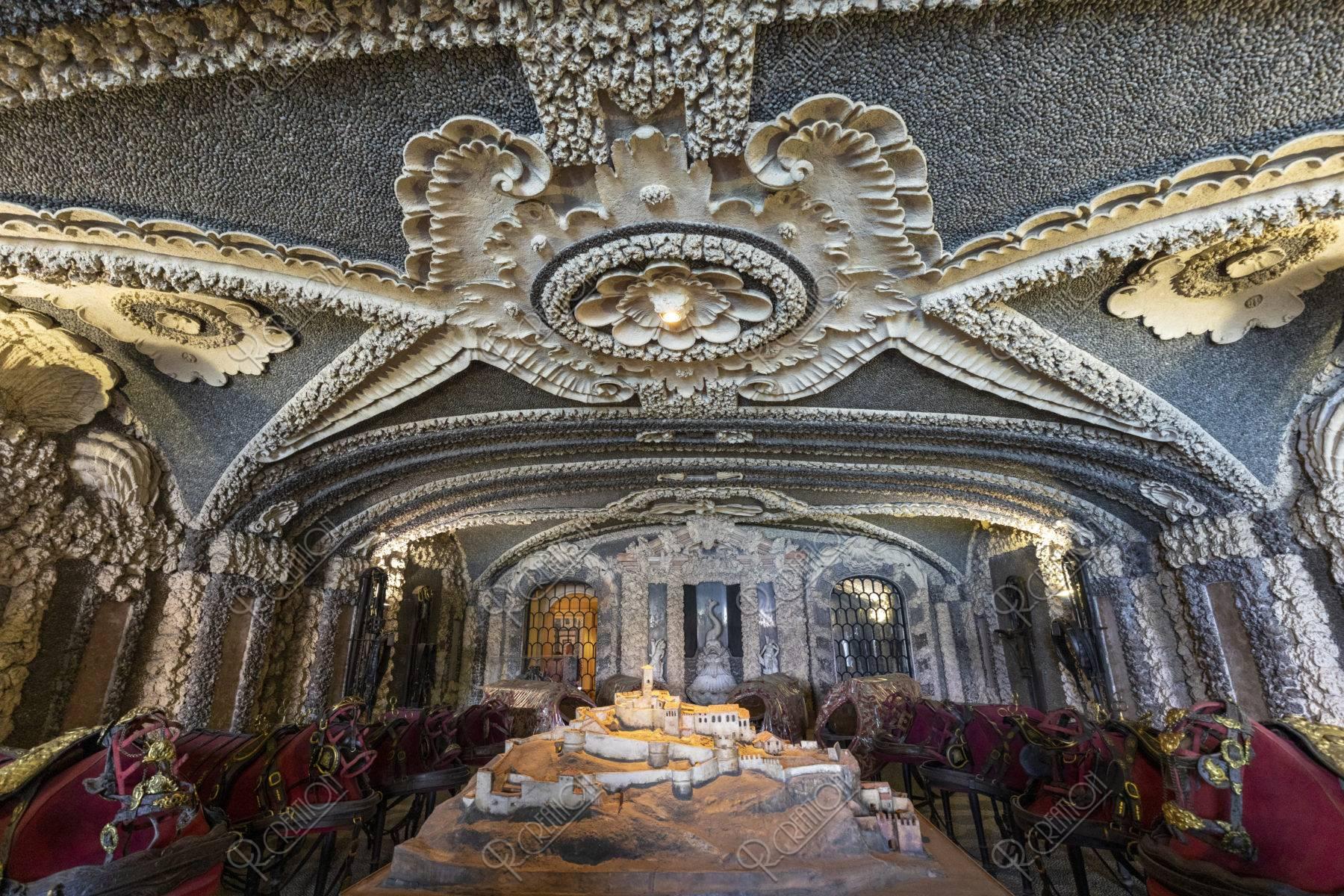 ベッラ島 ボッロメオ宮殿 グロッタ
