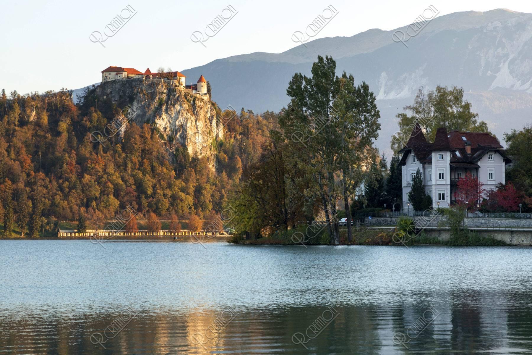秋のブレッド湖