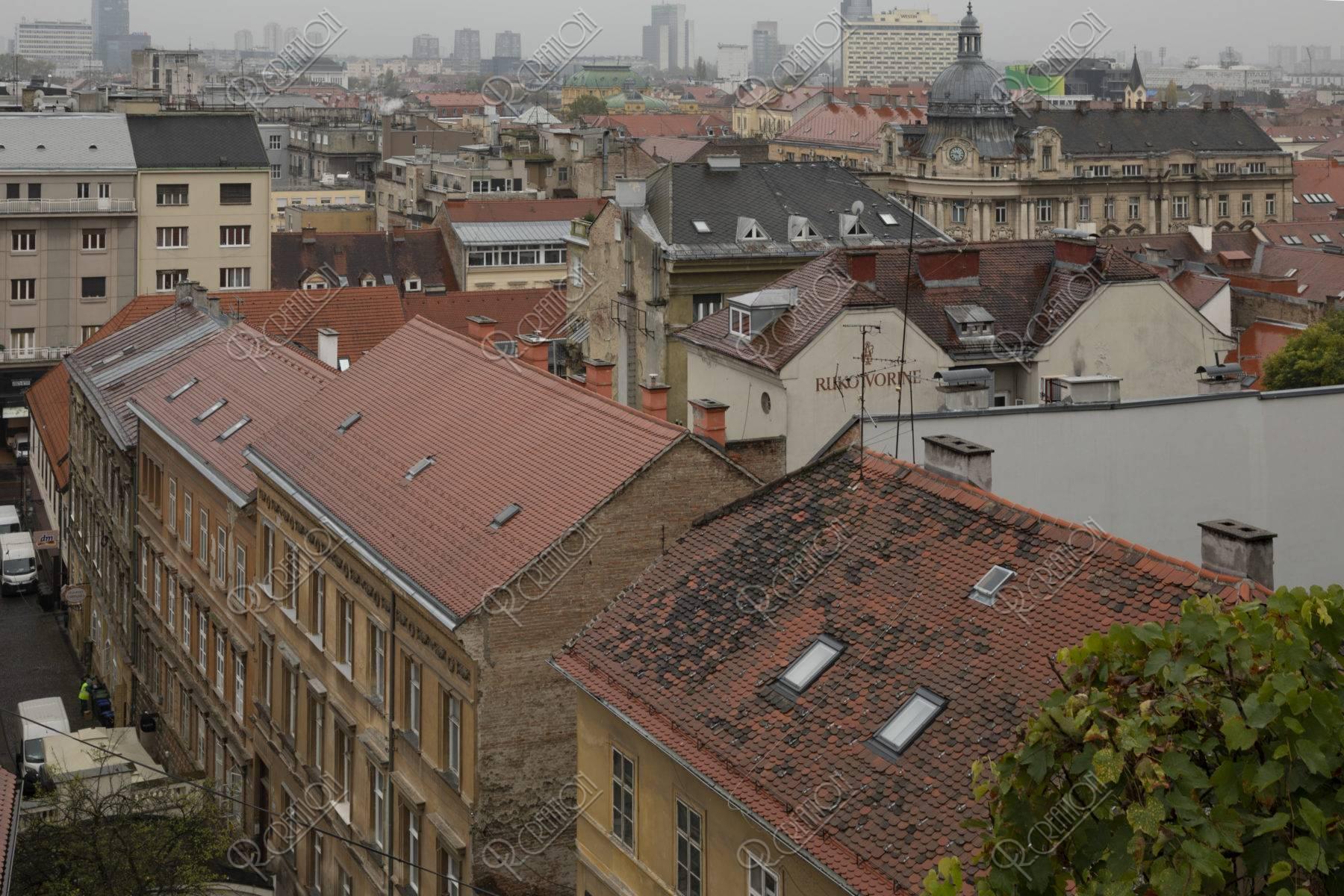 ロトルシュチャック塔の前からの旧市街