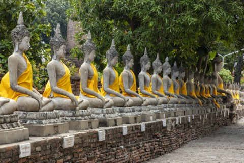 ワットヤイチャイモンコン 仏座像