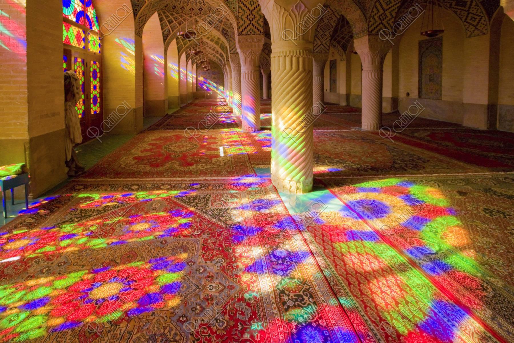 ローズモスク 礼拝所