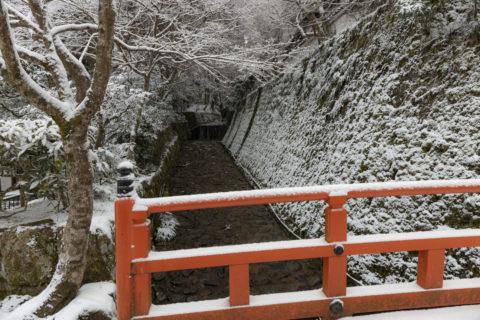 雪の大原律川