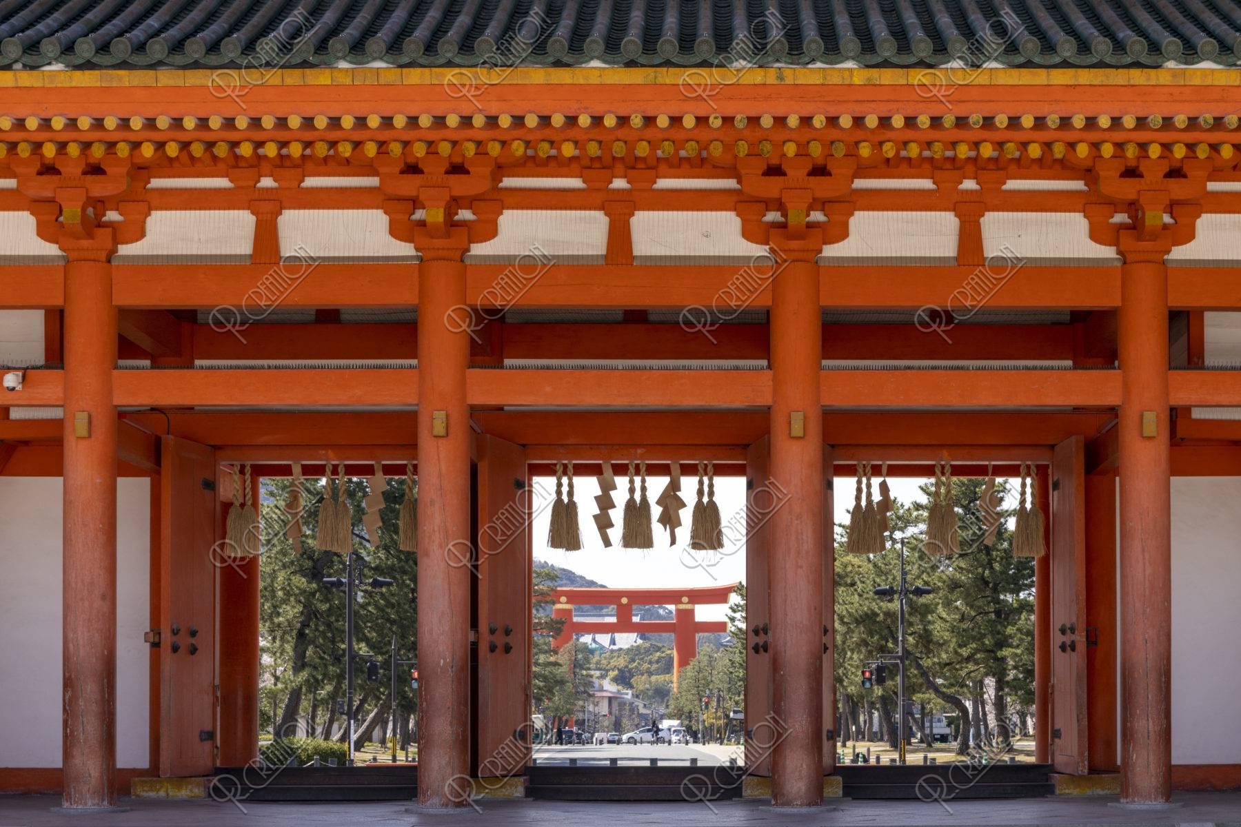 平安神宮 応天門と大鳥居