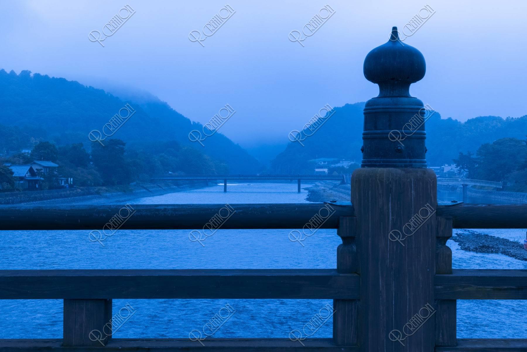 宇治橋からの宇治川の朝霧