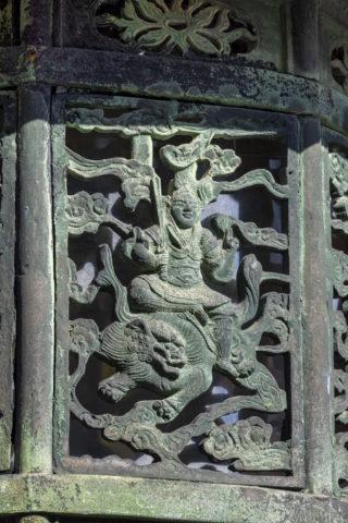 仁和寺 八角灯籠の文様