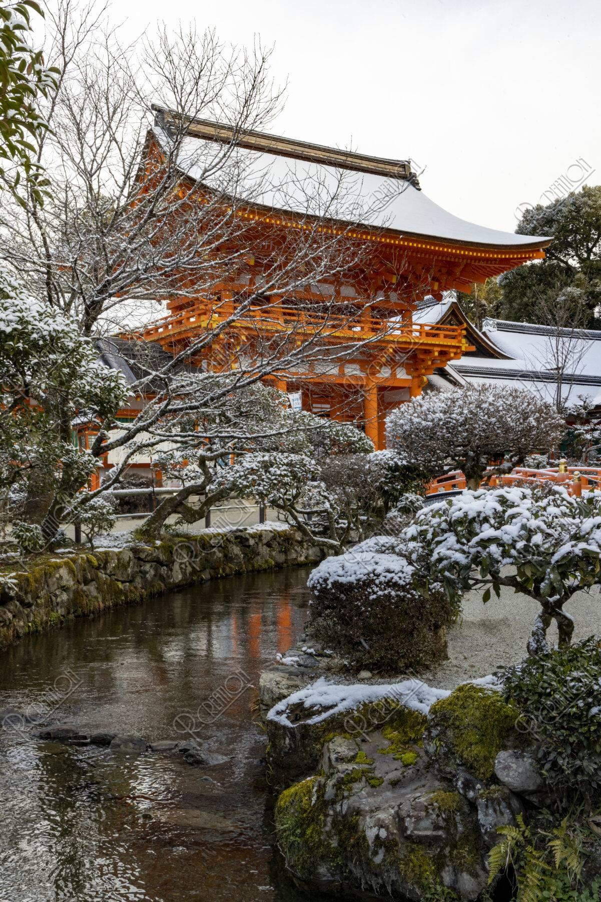 雪の上賀茂神社