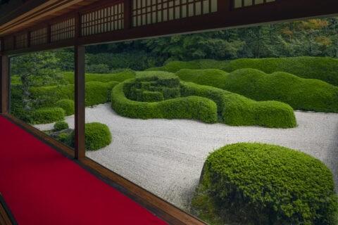 大池寺 額縁庭園